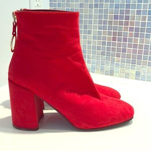 Red faux suede boots uk size 6 ( US 8)